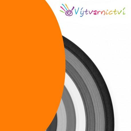 Oranžové papírové proužky na quilling