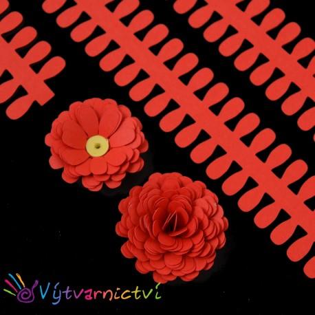Červené proužky na lístečkové kytičky