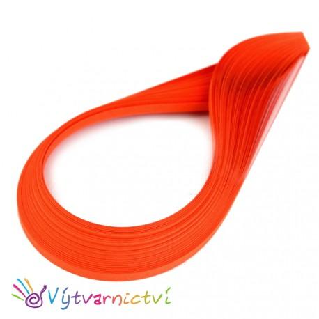 Tmavě oranžové quillingové proužky ze silnějšího papíru